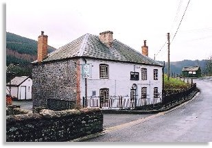 Happy Union Inn, Abbeycwmhir